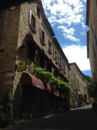 Hostellerie du Vieux Cordes : superbe cadre....