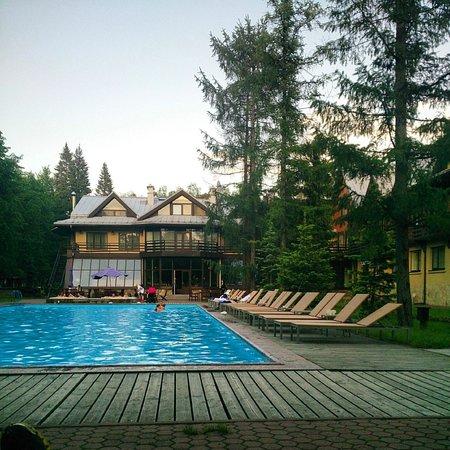 Skandinavia Country Club & SPA: Бассейн под открытым небом