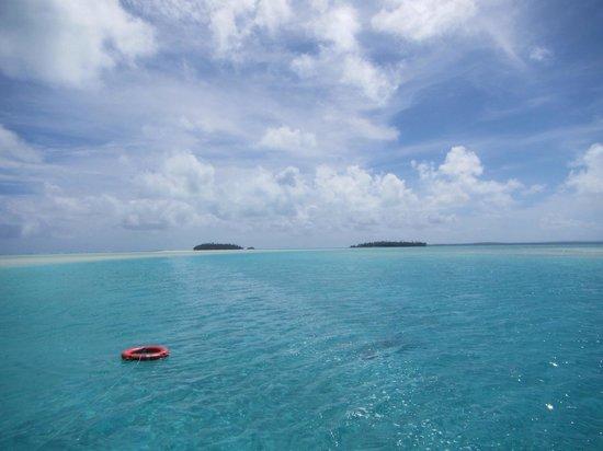 The Vaka Cruise: Aitutaki day trip