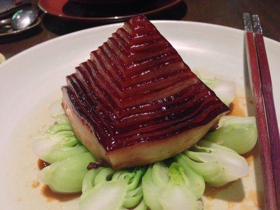 28 Hubin Road: Designer braised pork belly