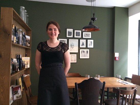 Druskos Namai: Our lovely waitress. Thank you!