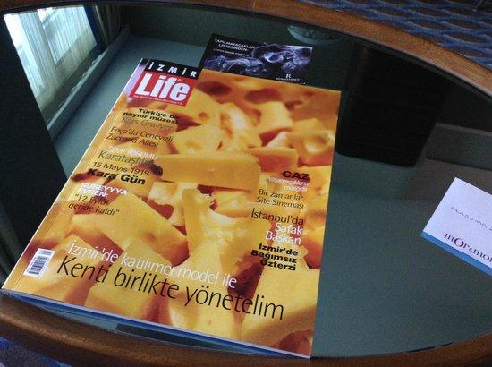 Renaissance Izmir Hotel: Magazine