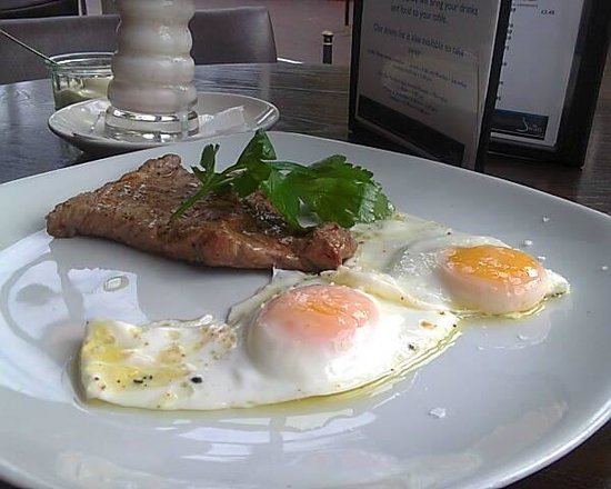 The Swan Brasserie at The Swan Hotel: Steak and Egg Breakfast