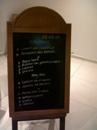Hotel Paradiso Residence : Menu previsto per pranzo e cena!