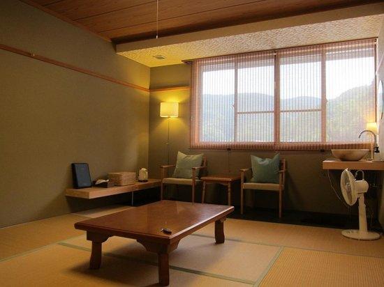 Zennoyu: Japanese style bedroom