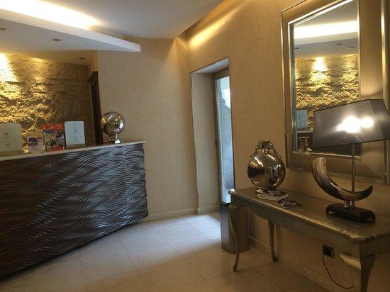 Hotel Regina Margherita - Cagliari: Hall