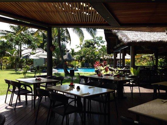 Uprising Beach Resort : Restaurant
