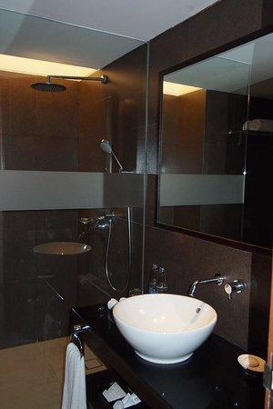 Fontana Hotel Bali : Bathroom
