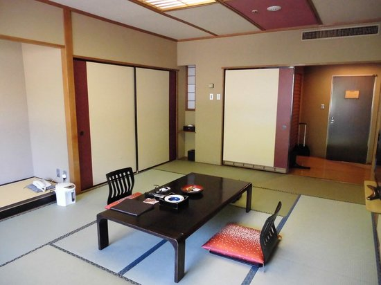 Matsunoi Hotel : 和室12畳/瑞泉楼
