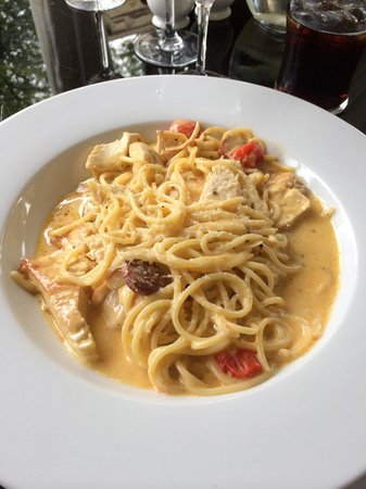 King's Croft Hotel: Tasty chicken and chorizo pasta