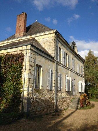 Ponce-sur-le-Loir, Francia: Backside of the Main House