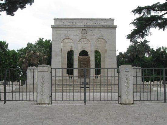 Monumento ai caduti per la causa di Roma Italiana