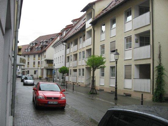 Hotel Stadt Tuttlingen: Вид улицы рядом с отелем