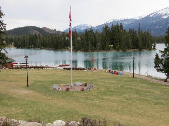 Fairmont Jasper Park Lodge : Lake views in Jasper
