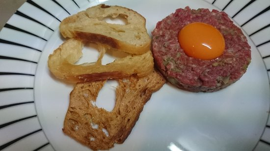 The Watersedge Restaurant: Beef Tartare