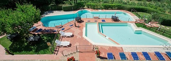 Borgo La Casaccia : swimming pools