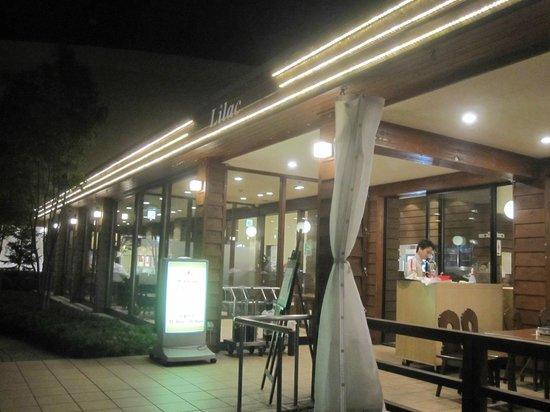 Sapporo Beer Garden: ライラック-外観2