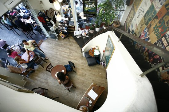 Movieing Cafe