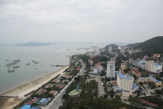Muong Thanh Luxury Quang Ninh Hotel : View from guest room