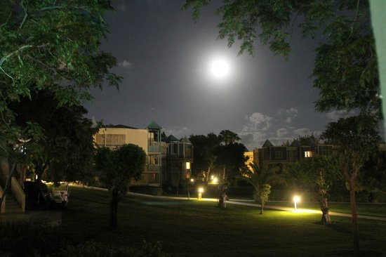 Robinson Club Pamfilya: by night