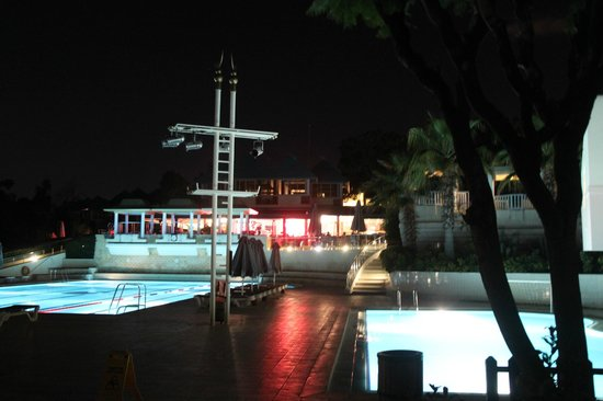 Robinson Club Pamfilya: Pool by night
