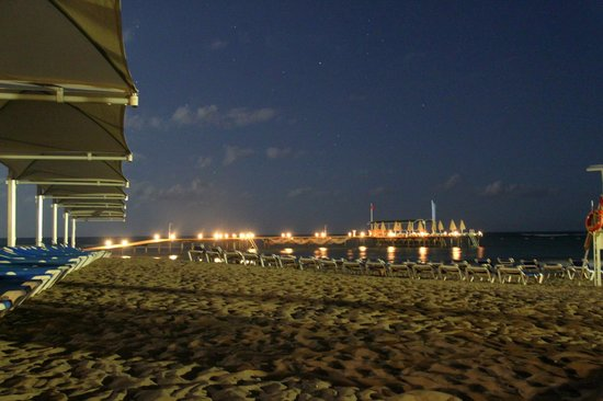 Robinson Club Pamfilya: Strand und Steg by night