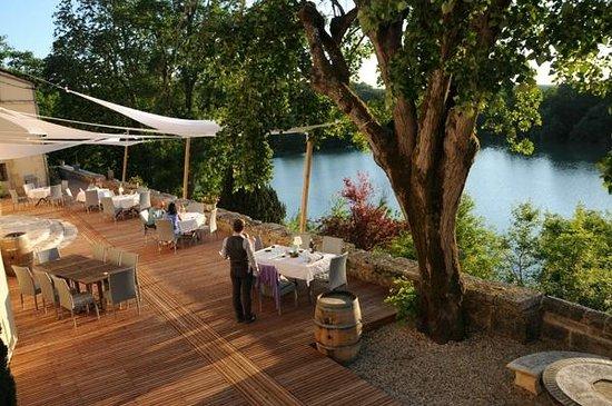 Domaine du Chatelard Restaurant: Lac