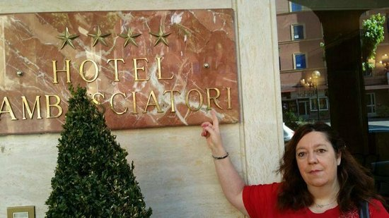 Ambasciatori Place Hotel : Entrata hotel