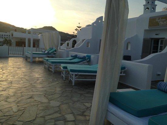 Mykonos Palace Beach Hotel: Terrasse