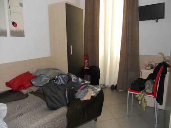 Ara Pacis Inn : La minuscola camera per due