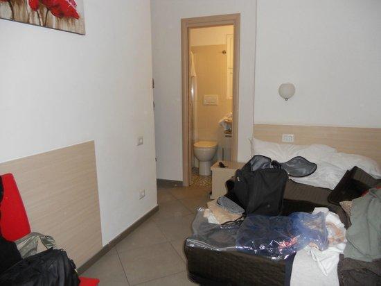 Ara Pacis Inn : La camera vista dalla finestra