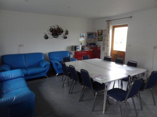 Piggery Poke Hostel: Common room