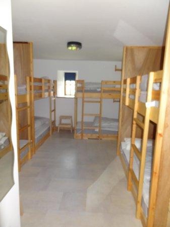 Piggery Poke Hostel: 8 bed room
