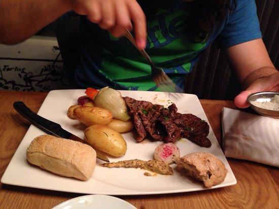 Angelica Fine Grill: A minute steak. Good!