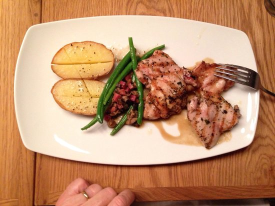 Angelica Fine Grill: Excellent grilled entry