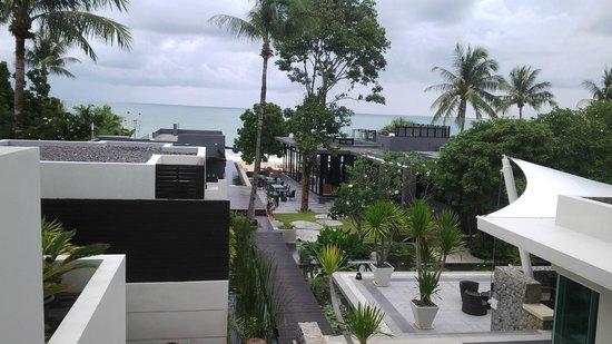 Aleenta Phuket Resort & Spa : Resort view from Reception