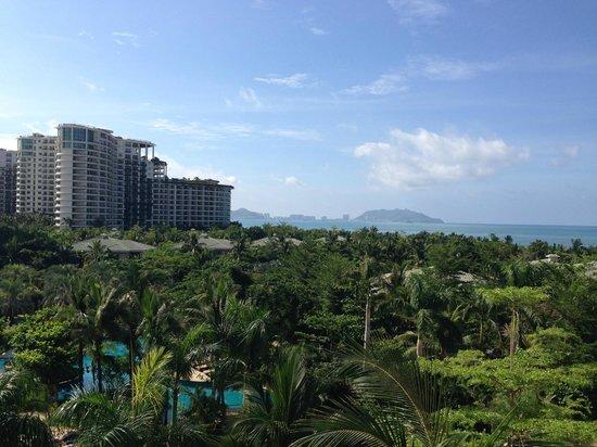 Howard Johnson Resort Sanya Bay: Вид с 4-го этажа