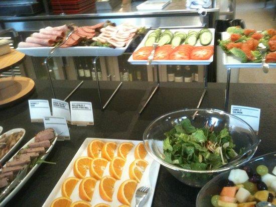 Hotel Alexandra : continental breakfast