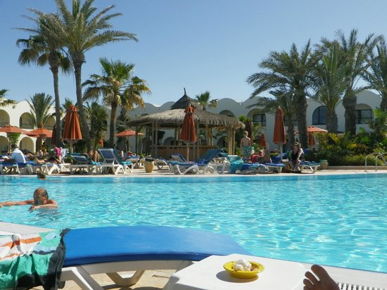 SENTIDO Djerba Beach: Bar piscine