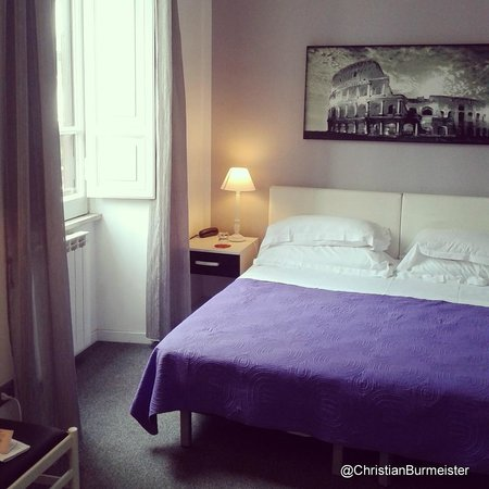Hotel Villa Pirandello - Bed