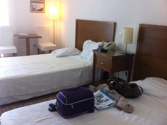 Alexander The Great Beach Hotel: Το δωμάτιο
