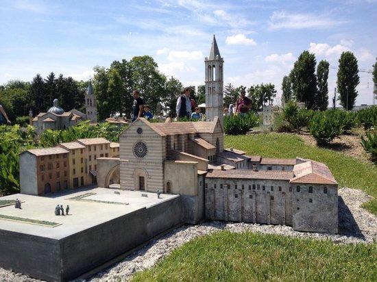 Minitalia Leolandia Park : Minitalia: Assisi, basilica