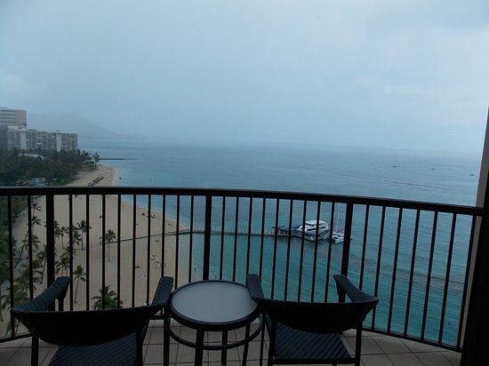 Hilton Hawaiian Village Waikiki Beach Resort: View from balcony