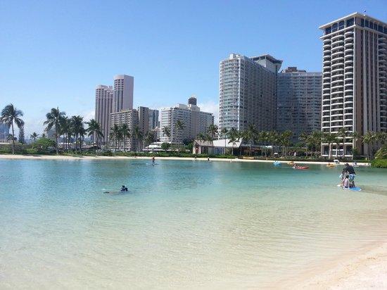 Hilton Hawaiian Village Waikiki Beach Resort: Lagoon at the Hilton Hawaiian Village