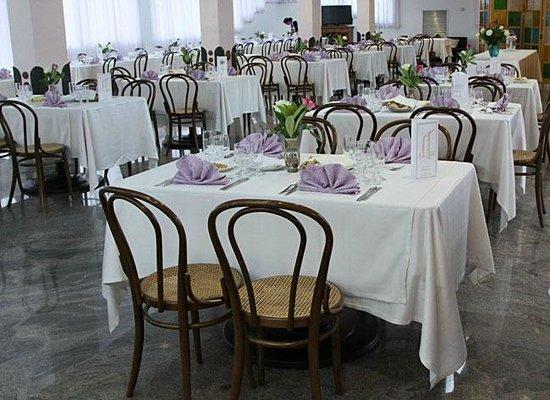 Hotel Ristorante Zi Carmela: Ristorante