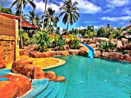 Meritus Pelangi Beach Resort & Spa, Langkawi : Swimming Pool