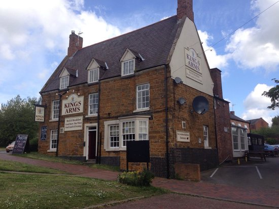 The Kings Arms: Sunny day