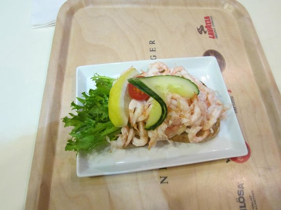 Nordiska Kompaniet (NK): Snack Krabbbenbrot im SB Restaurant für ca. 10 €