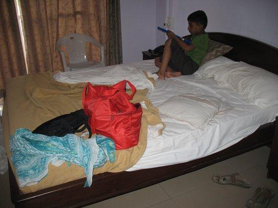 Hotel Advaith Lancer : room
