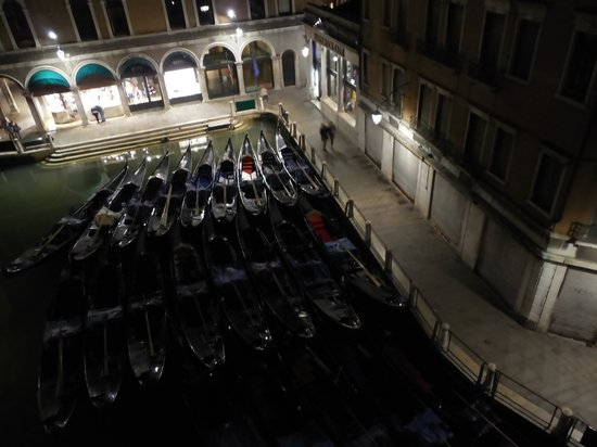 Cavalletto & Doge Orseolo : Nightime View from our room